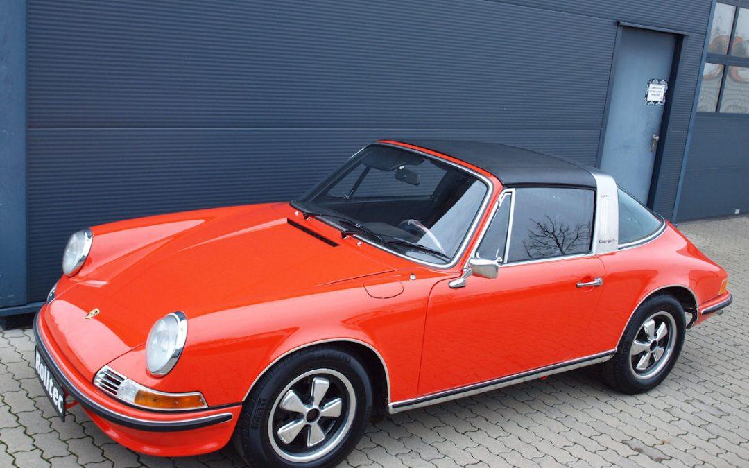 "Teilrestauration Porsche 911 Targa F-Modell ""Ölklappe"""